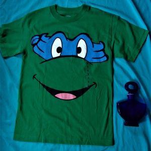 Other - NEW teenage mutant ninja turtle tee shirt small